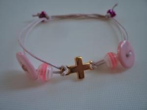 Bracelet pink button