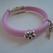 Bracelet pink flower