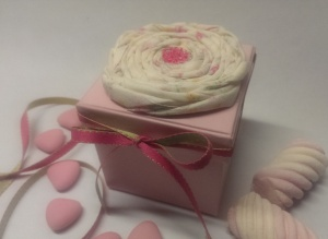 pink box fabric flower1