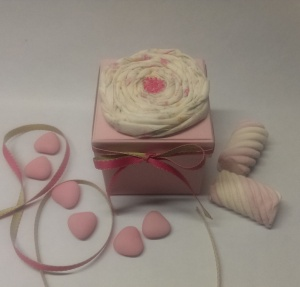 pink box fabric flower2