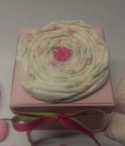 pink box fabric flower5