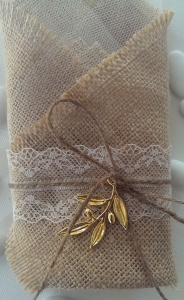 Burlap with gold olive leaf2