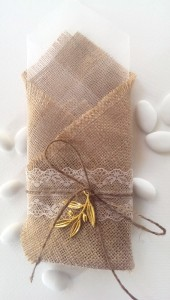 Burlap_with_gold_olive_leaf